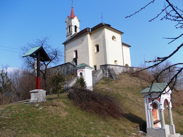 The Holy Cross Church a.k.a. Cerkev na Hribcu ('church on the little hill') in Puštal - offering perched panoramic views over Škofja Loka