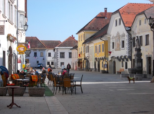 Radovljica: Another historically rich Medieval town with a quiet workaday atmosphere - close to Bled